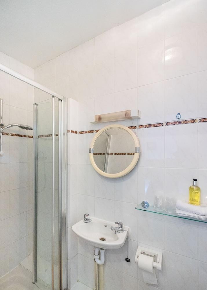 옌톤 호텔(The Yenton Hotel) Hotel Image 26 - Bathroom