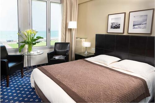 . Hotel Aguado