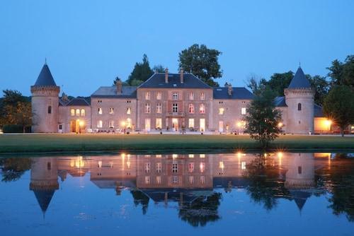 . Domaine Chateau Du Faucon