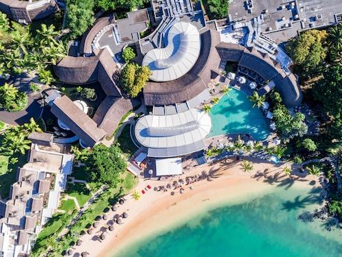 . LUX* Grand Gaube Resort & Villas