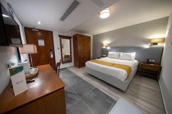 Internal/Non Balcony Room