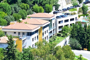 Hotel - Eza Vista