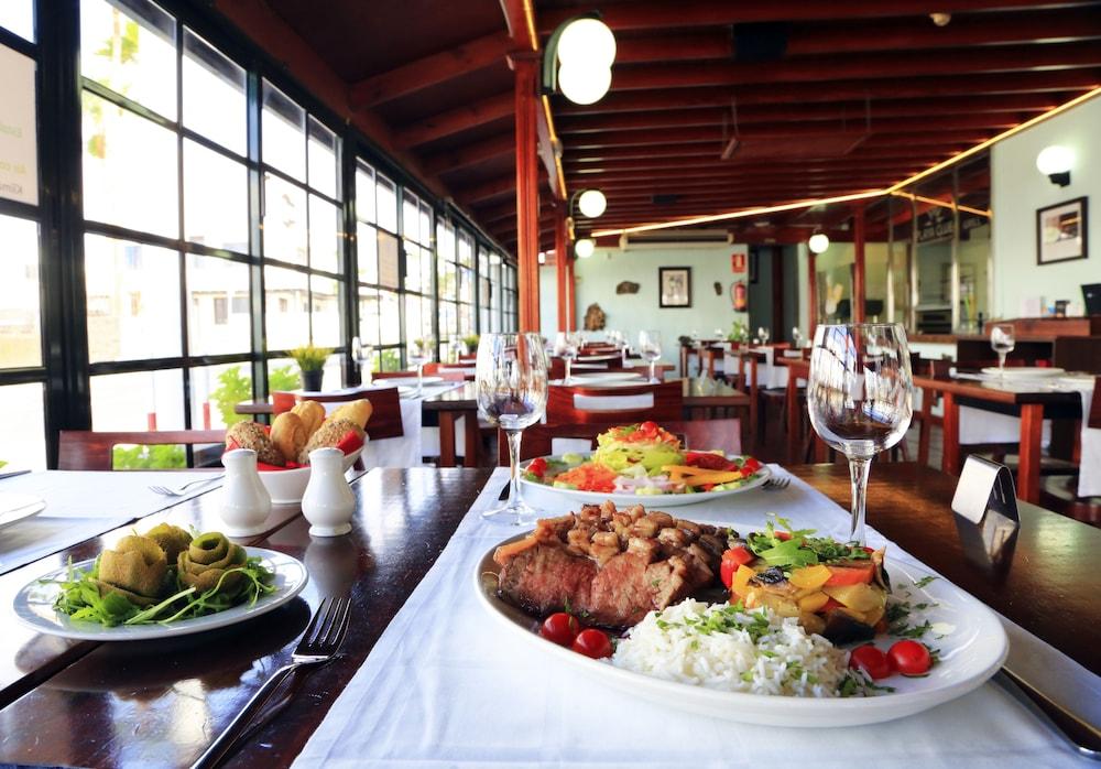 라브란다 플라야 클럽(LABRANDA Playa Club) Hotel Image 34 - Restaurant