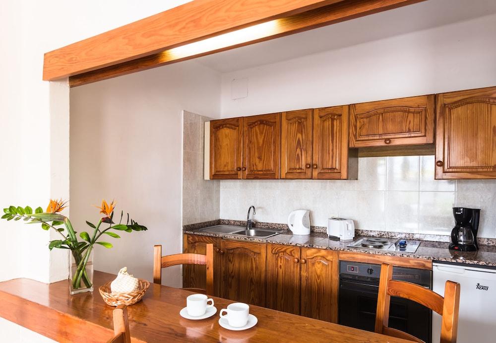 라브란다 플라야 클럽(LABRANDA Playa Club) Hotel Image 9 - In-Room Kitchen