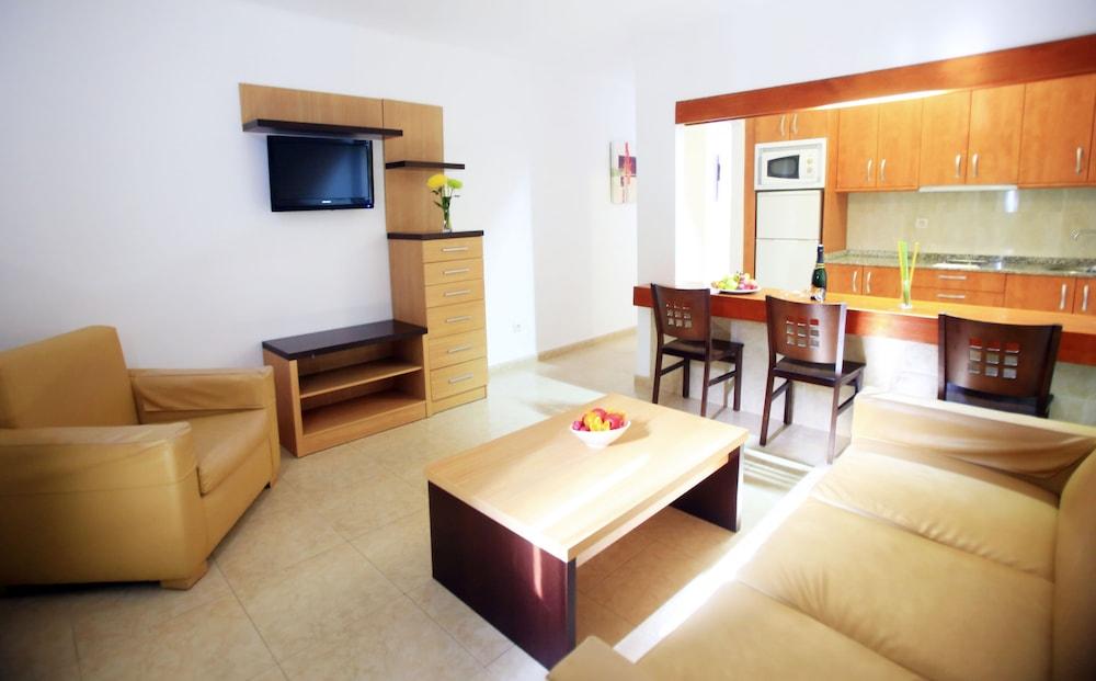 라브란다 플라야 클럽(LABRANDA Playa Club) Hotel Image 14 - Living Area