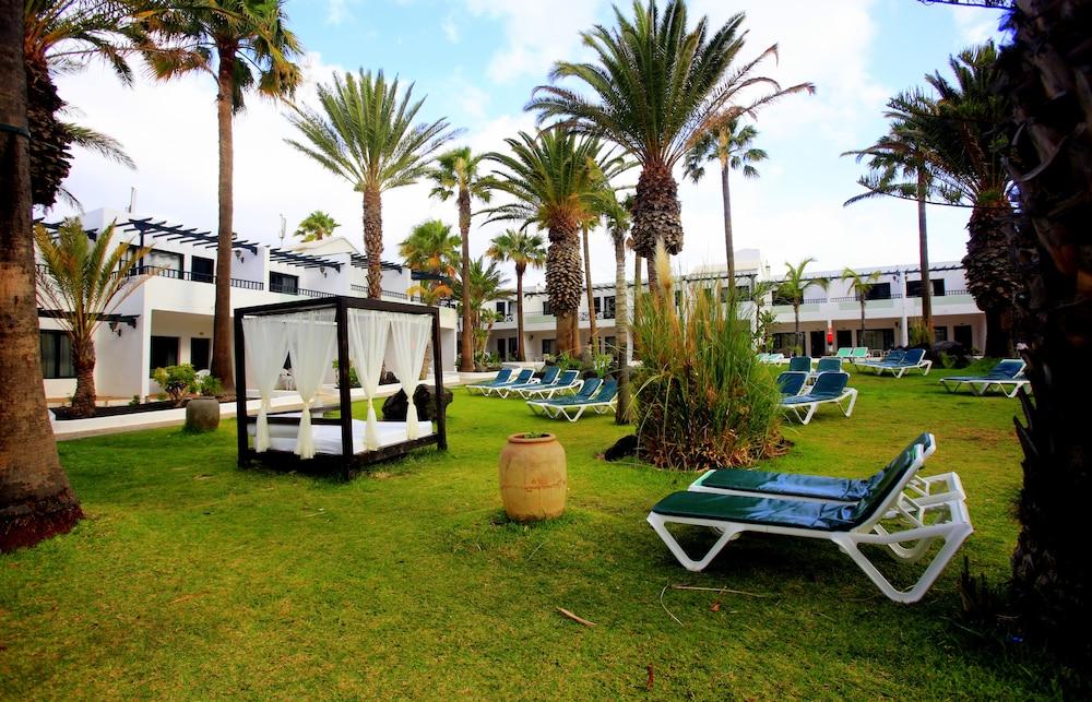 라브란다 플라야 클럽(LABRANDA Playa Club) Hotel Image 51 - Sundeck