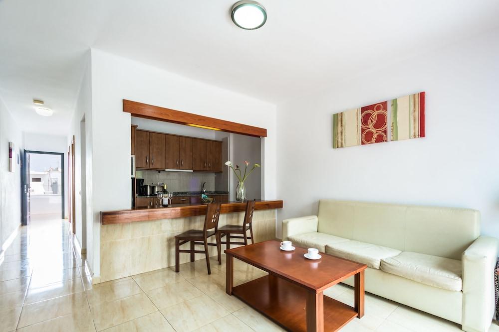 라브란다 플라야 클럽(LABRANDA Playa Club) Hotel Image 11 - In-Room Kitchenette