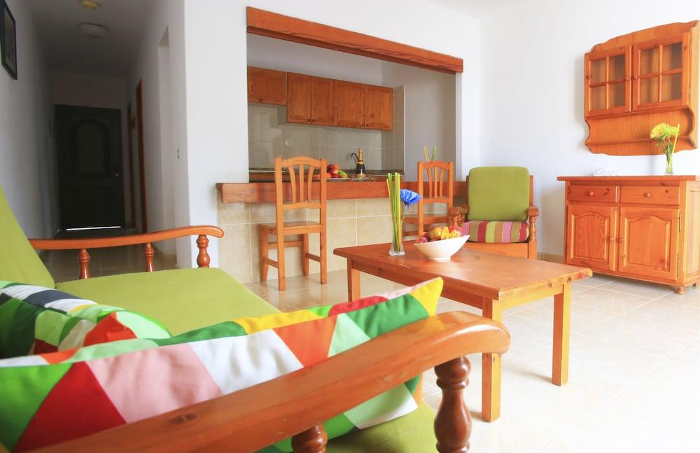 라브란다 플라야 클럽(LABRANDA Playa Club) Hotel Image 15 - Living Area