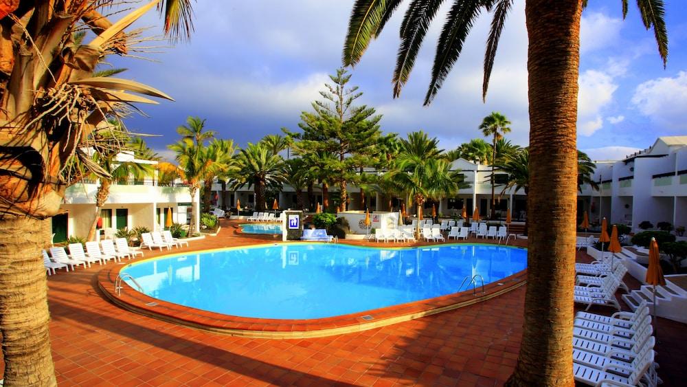 라브란다 플라야 클럽(LABRANDA Playa Club) Hotel Image 29 - Outdoor Pool