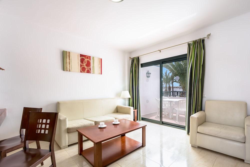 라브란다 플라야 클럽(LABRANDA Playa Club) Hotel Image 12 - Living Area