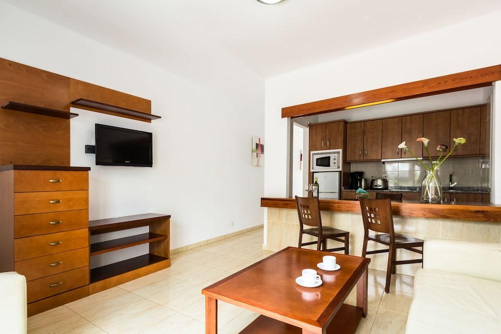 라브란다 플라야 클럽(LABRANDA Playa Club) Hotel Image 19 - Living Room