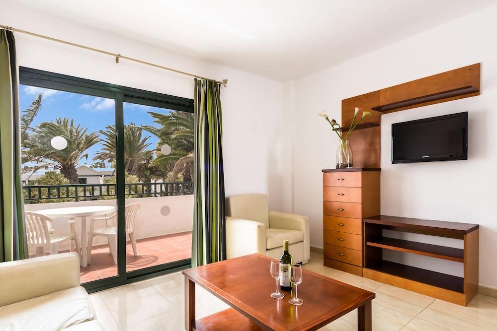 라브란다 플라야 클럽(LABRANDA Playa Club) Hotel Image 20 - Living Room
