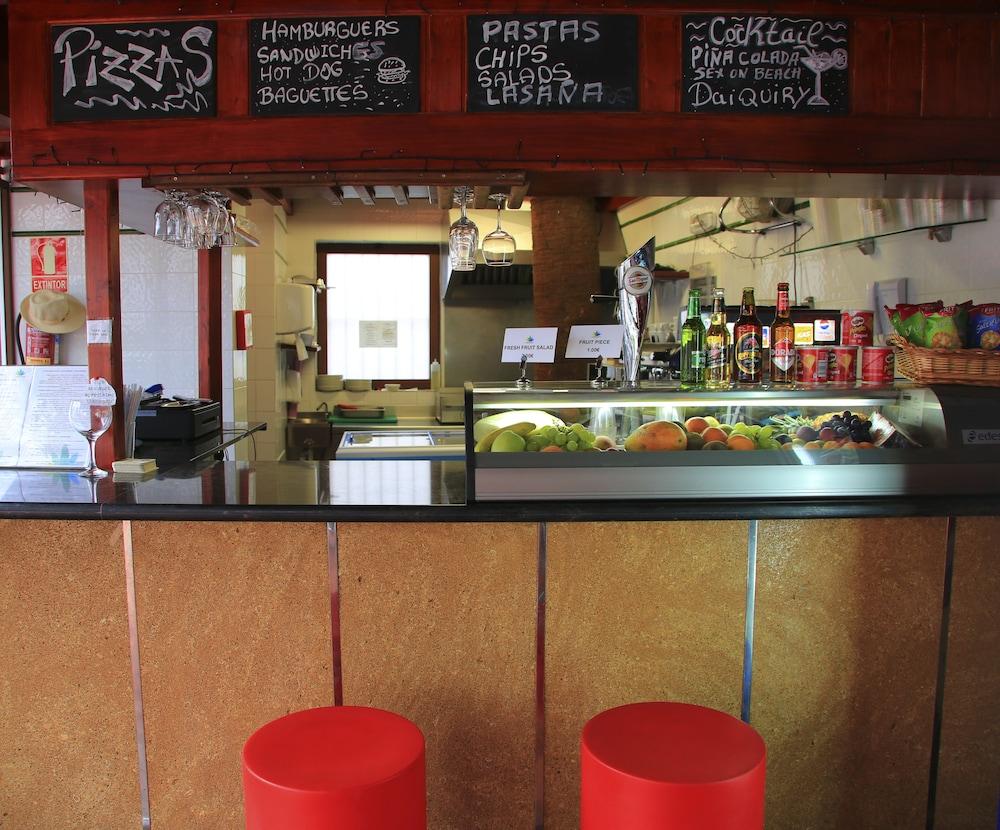 라브란다 플라야 클럽(LABRANDA Playa Club) Hotel Image 49 - Hotel Bar