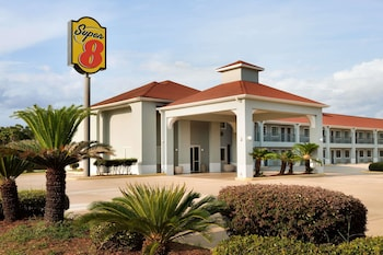 Hotel - Super 8 by Wyndham Lake Charles Northeast