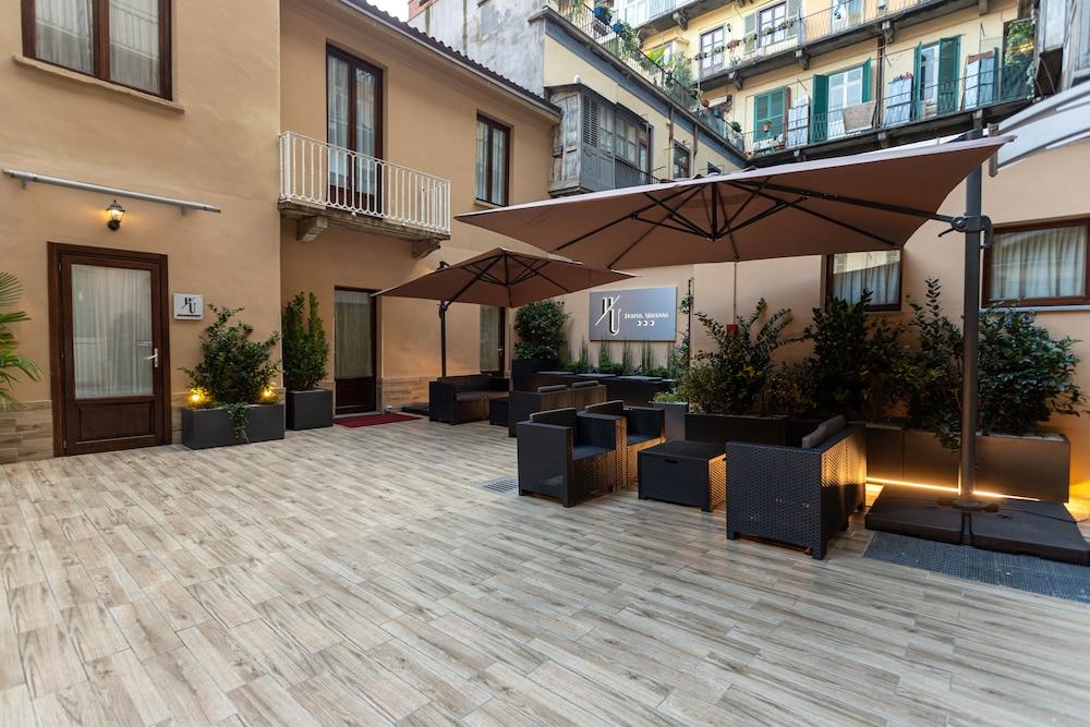 Hotel Urbani, Featured Image
