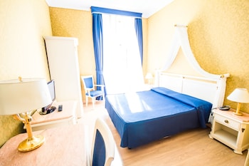Standard Double or Twin Room, 1 Double or 2 Twin Beds, Private Bathroom