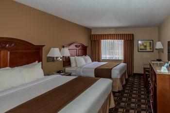 Standard Room, 2 Queen Beds, Non Smoking, Microwave (Pet Friendly)