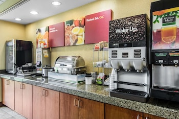 Comfort Suites Mount Vernon - Breakfast Area  - #0