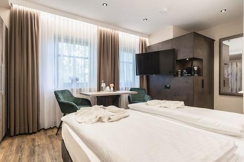 . Hotel DEMAS Garni