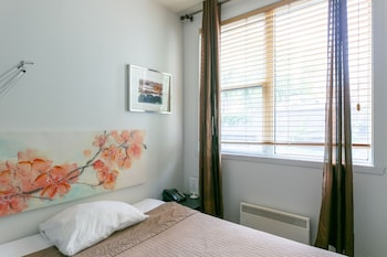Small Room, 1 Double Bed