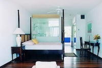 Superior Room, 1 King Bed, Balcony, Ocean View