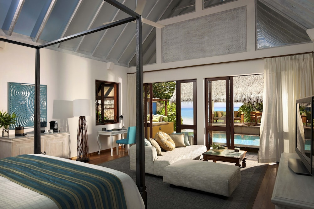 Bungalow, 2 Twin Beds, Pool Access, Oceanfront