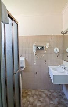 램프라이터 모텔(Lamplighter Motel) Hotel Image 12 - Bathroom