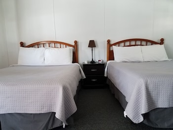 Standard Room, Kitchenette (Room 1)