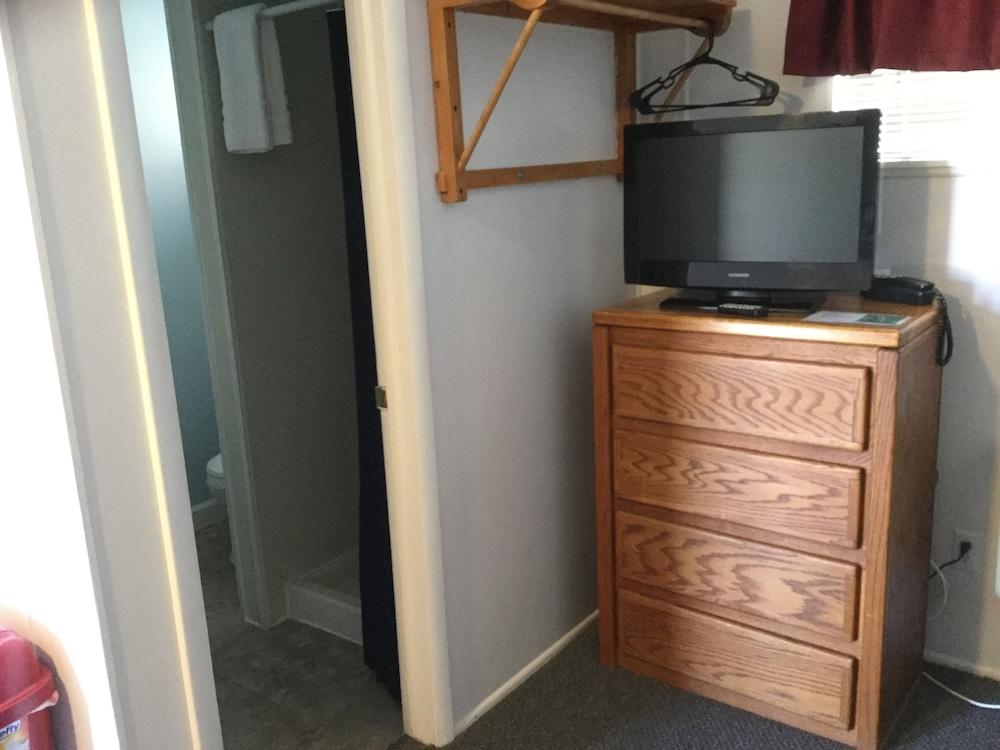 Standard Room (Room 6)