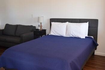 Standard Room, Kitchenette (Room 12)
