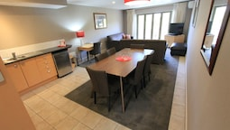 Superior Apartment, 2 Bedrooms, Jetted Tub