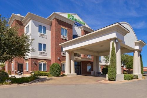 . Holiday Inn Express & Suites Abilene, an IHG Hotel
