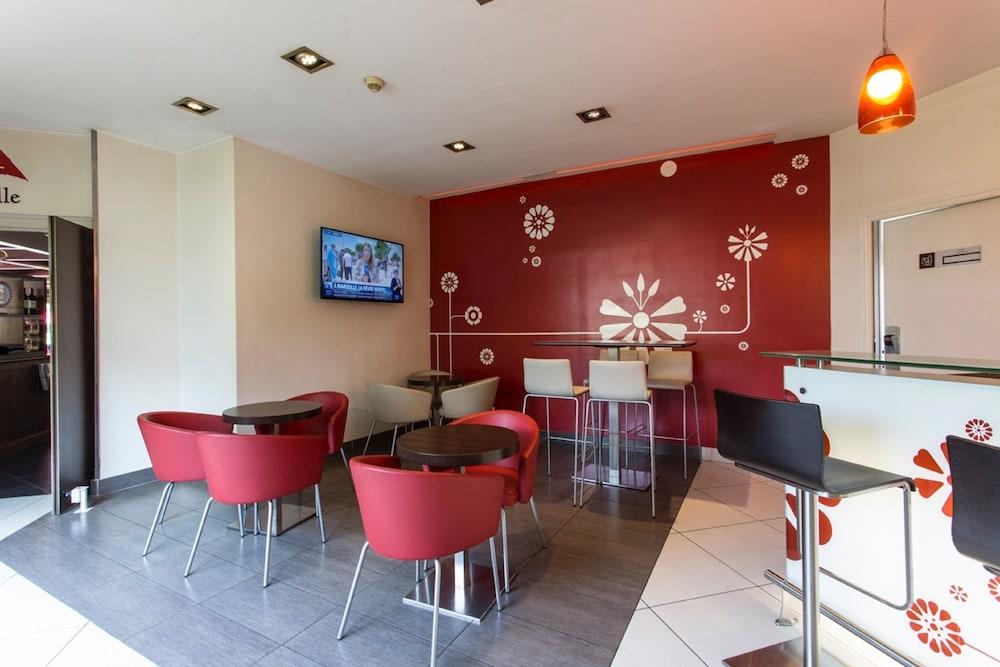 이비스 센리스(ibis Senlis) Hotel Image 57 - Hotel Bar