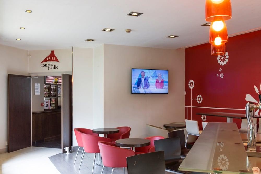 이비스 센리스(ibis Senlis) Hotel Image 59 - Hotel Bar