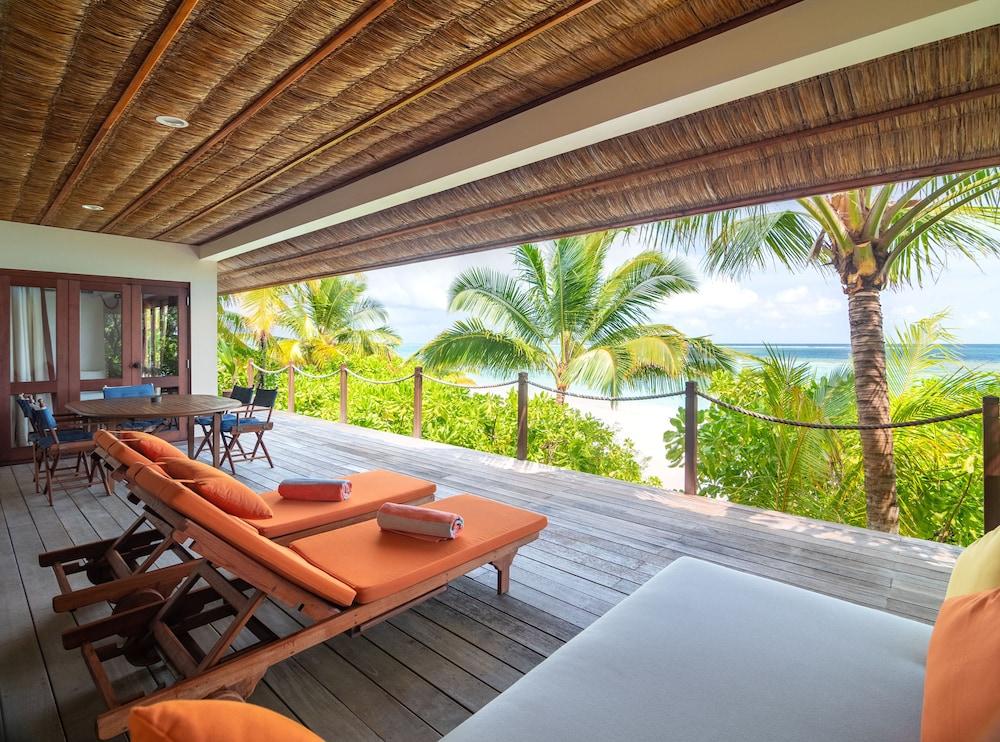 미리히 아일랜드 리조트(Mirihi Island Resort) Hotel Image 21 - Terrace/Patio