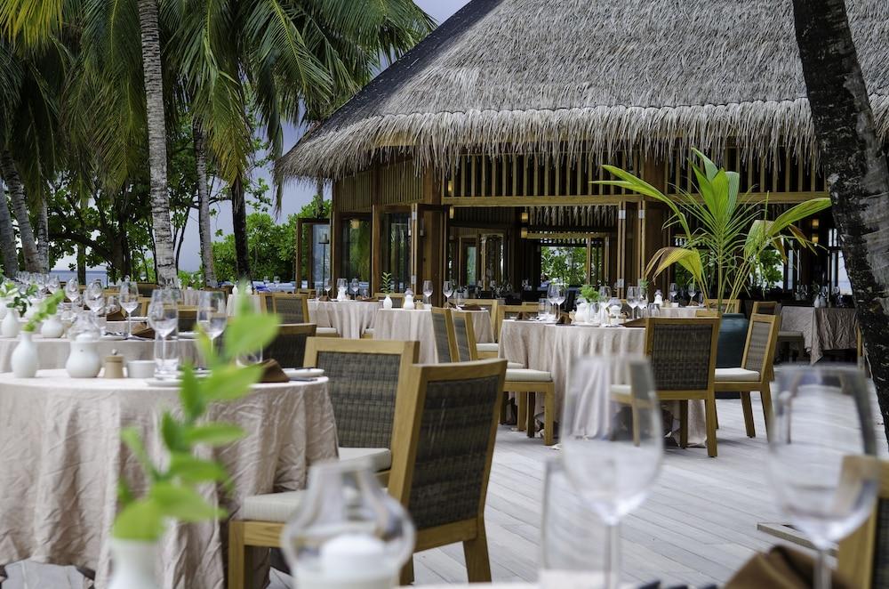미리히 아일랜드 리조트(Mirihi Island Resort) Hotel Image 50 - Restaurant