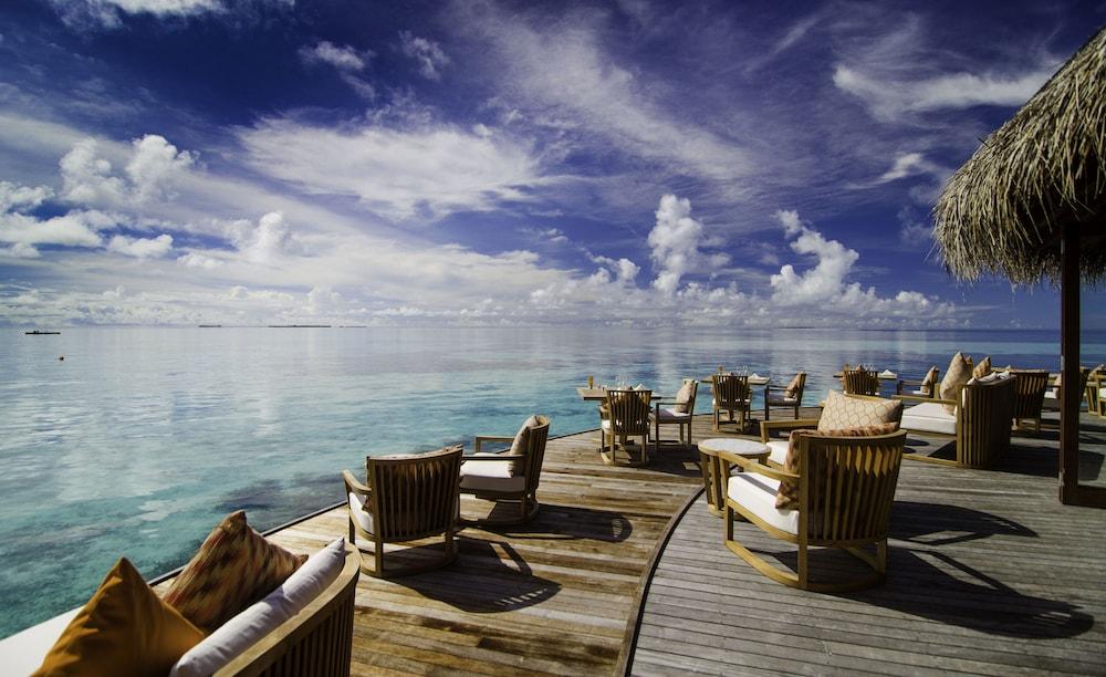 미리히 아일랜드 리조트(Mirihi Island Resort) Hotel Image 54 - Restaurant