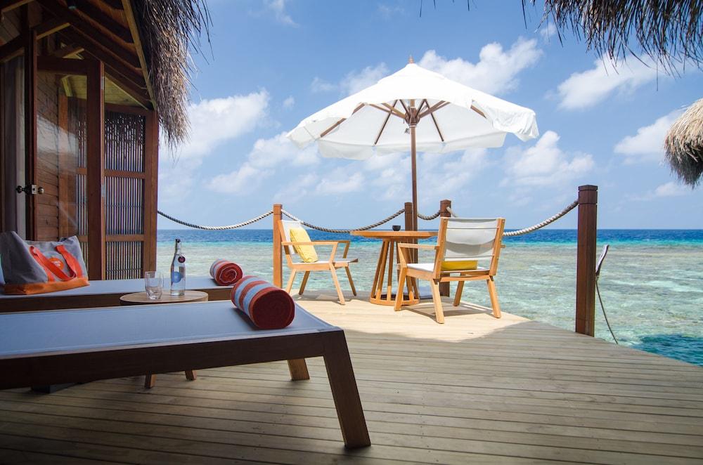 미리히 아일랜드 리조트(Mirihi Island Resort) Hotel Image 19 - Terrace/Patio