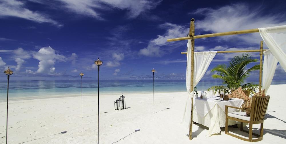 미리히 아일랜드 리조트(Mirihi Island Resort) Hotel Image 61 - Couples Dining