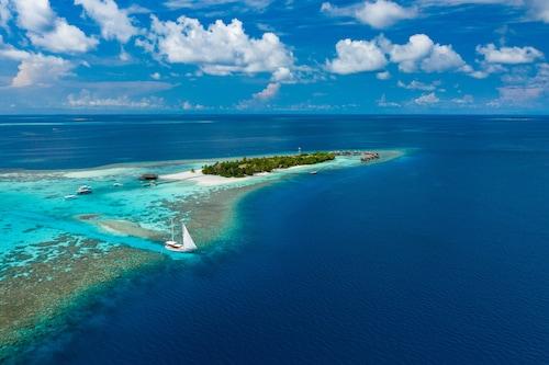 . Mirihi Island Resort