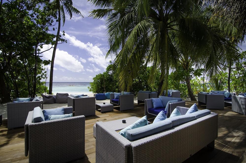 미리히 아일랜드 리조트(Mirihi Island Resort) Hotel Image 69 - Hotel Bar