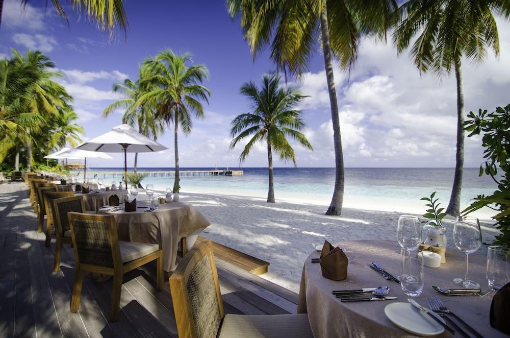 미리히 아일랜드 리조트(Mirihi Island Resort) Hotel Image 55 - Restaurant