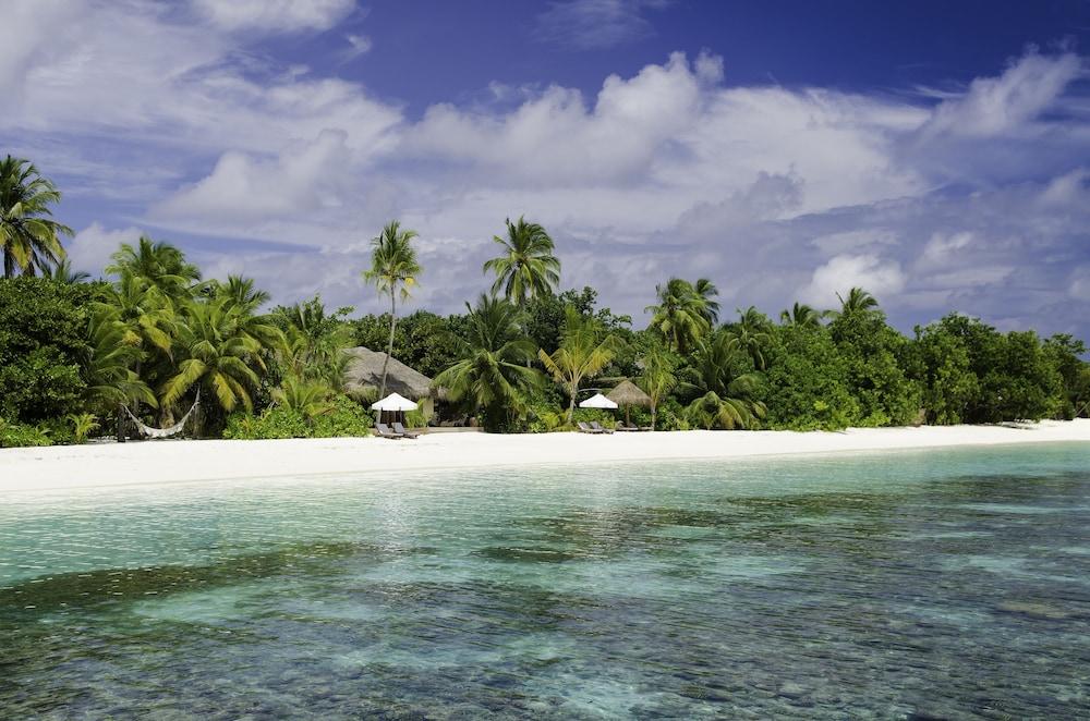미리히 아일랜드 리조트(Mirihi Island Resort) Hotel Image 90 - Beach