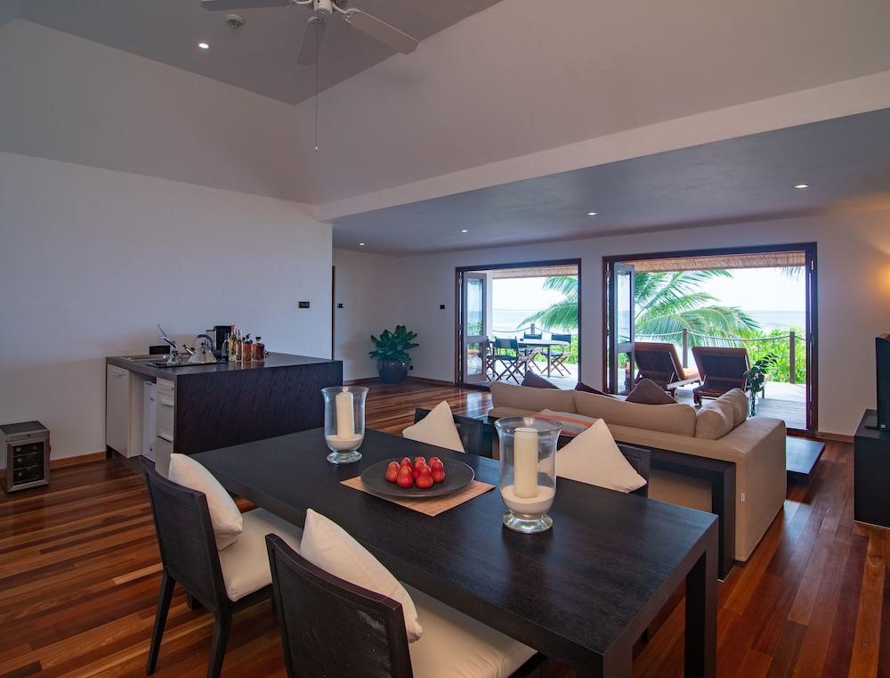 미리히 아일랜드 리조트(Mirihi Island Resort) Hotel Image 14 - Living Room