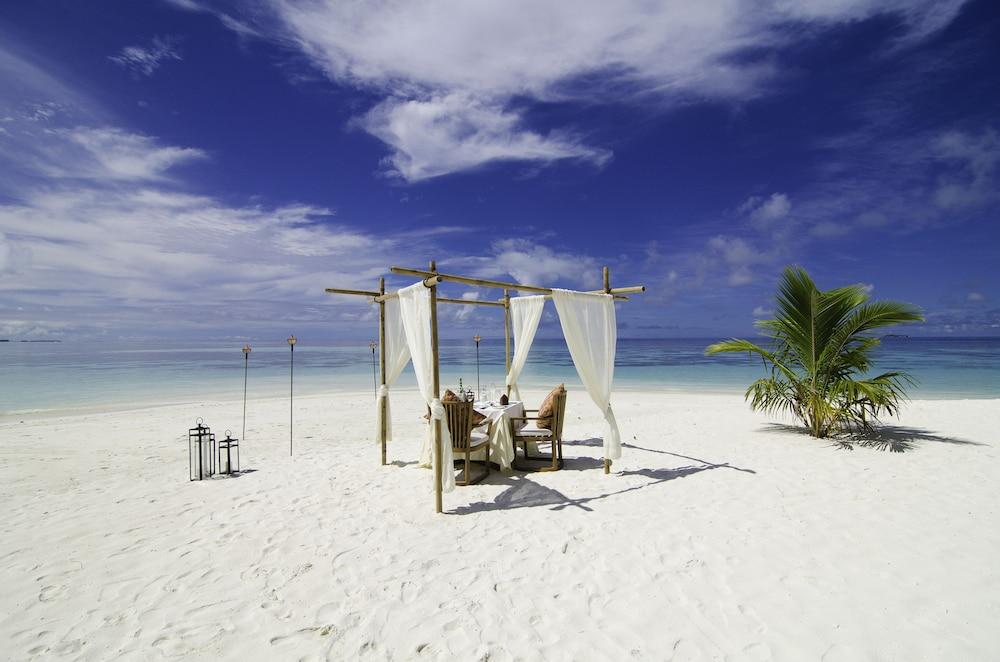 미리히 아일랜드 리조트(Mirihi Island Resort) Hotel Image 101 - BBQ/Picnic Area