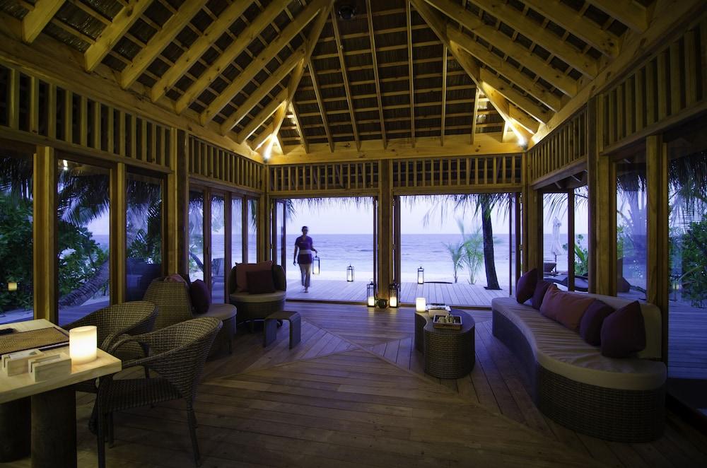 미리히 아일랜드 리조트(Mirihi Island Resort) Hotel Image 75 - Hotel Interior