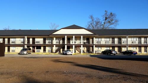 . King's Inn Motel