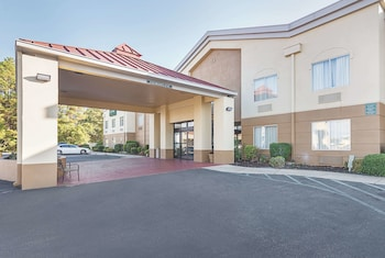 Hotel - La Quinta Inn by Wyndham Decatur