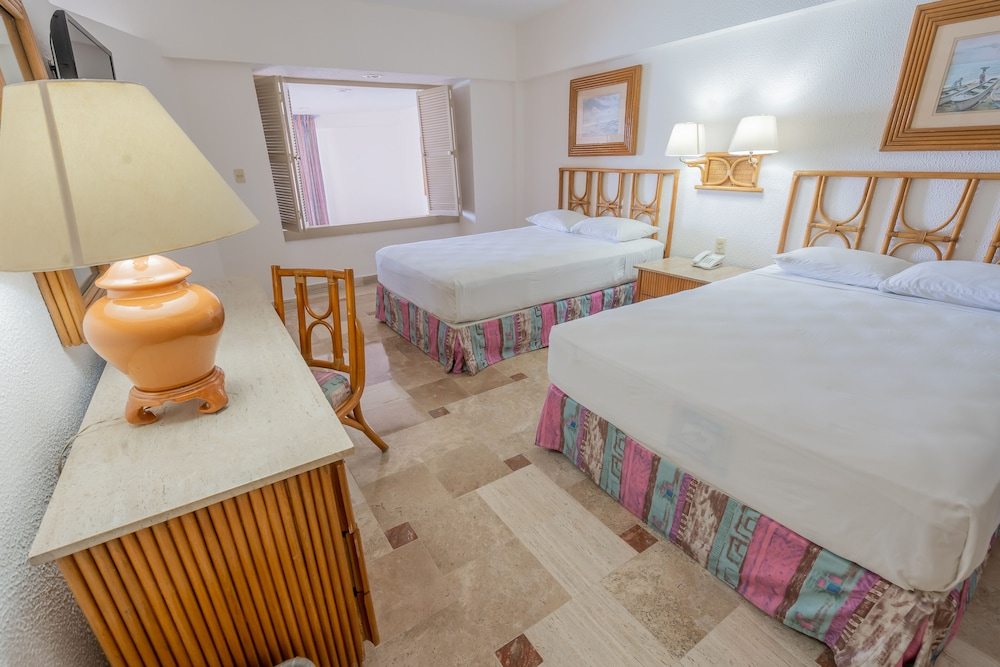 Playa Suites