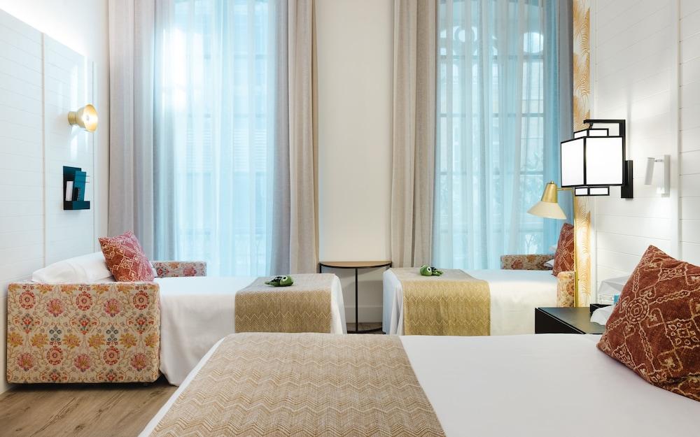 https://i.travelapi.com/hotels/2000000/1410000/1400100/1400064/d532875b_z.jpg